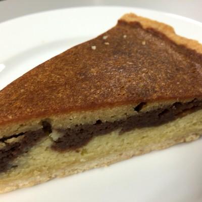 ケーキ(ココナッツ、チョコレート、キャラメル)。京都のKathy's Kitchen製です。