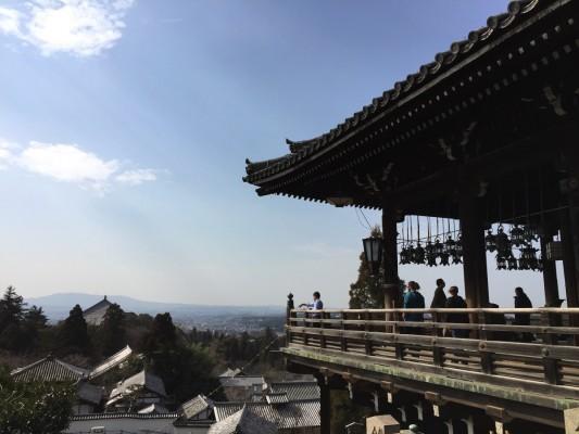 東大寺二月堂から奈良平野を望む